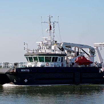 """Mokslinių tyrimų laivas """"Mintis"""" ieško dingusių laivų ir padeda verslui"""