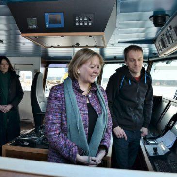 """Laive """"Mintis"""" vyko susitikimas su JAV ambasadore Anne Hall"""
