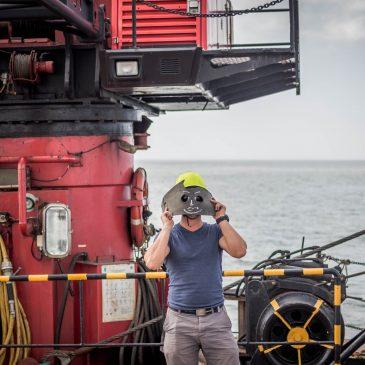 Hidrografinio bujaus pastatymas jūroje